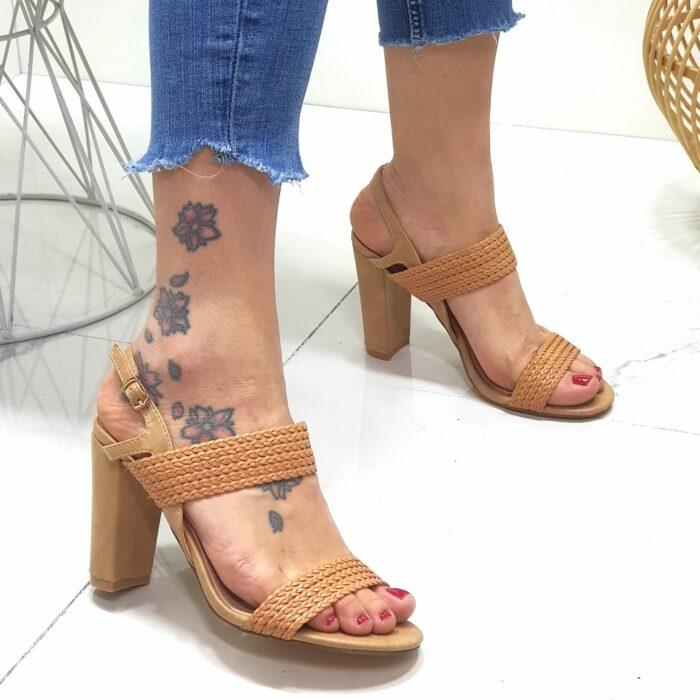 sandalo tacco largo