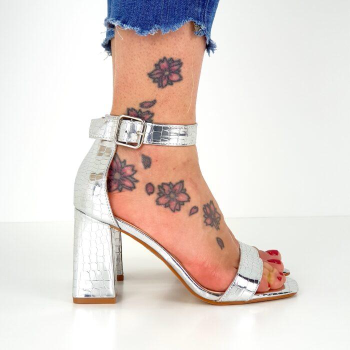 sandali tacco